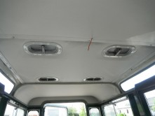 Nieuwe hemelbekleding voor Land Rover Series II/III 88