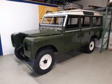 Land Rover 109 SIII Restauratie